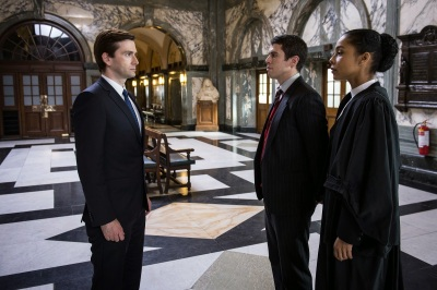 The escape artist - David Tennant, Toby Kebbell et Sophie Okonedo (capture de David-Tennant-News.com)