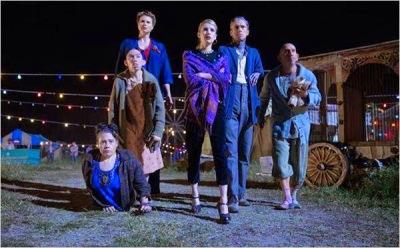 American Horror Story - Freak Show - Rose Siggins, Naomi Grossman, Erika Ervin, Emma Roberts, Mat Fraser, Christopher Neiman