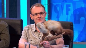 Sean Lock - 8 out of 10 cats does Coundtdown
