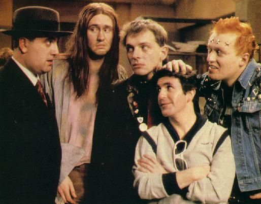 The Young Ones - Alexei Sayle, Nigel Planer, Rik Mayall, Christopher Ryan et Adrian Edmondson