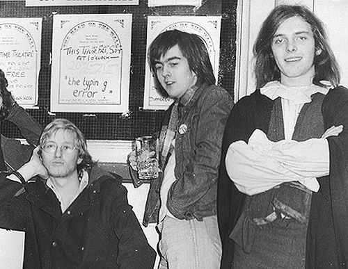 Adrian Edmondson et Rik Mayall 1977