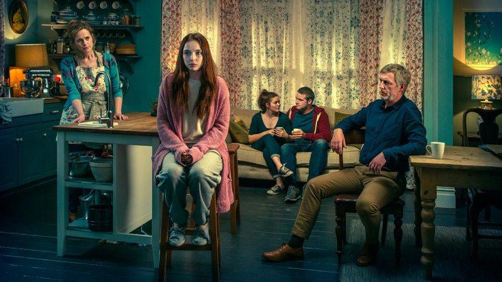 Thirteen - Natasha Little, Jodie Comer, Katherine Rose Morley, Joe Layton et Stuart Graham